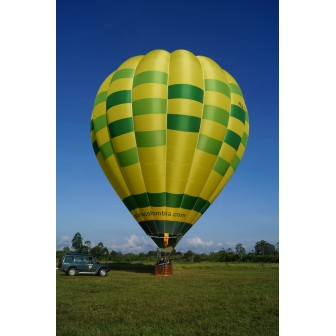 Discover the best view of the Cultural Coffee Landscape with an hot-air balloon